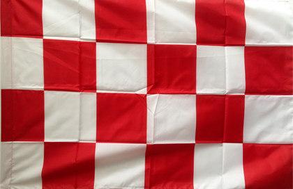 Drapeau rouge et blanc à damier